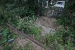У жителей поселка Энколово украли дорогу: Фоторепортаж