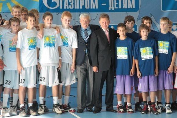Полтавченко и Миллер открыли в Петербурге два спорткомплекса: Фото