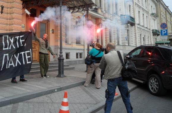 Полиция задержала оппозиционеров, протестовавших против «Лахта-центра»: Фото