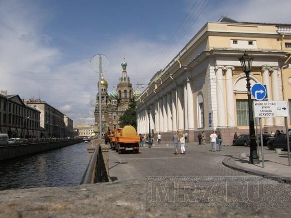 Набережную канала Грибоедова отремонтировали: Фото