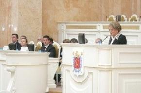 Губернатор Петербурга в прямом смысле ушла от разговора об обманутых дольщиках