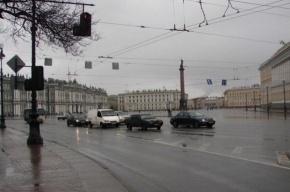 В Петербурге грозы и ветер