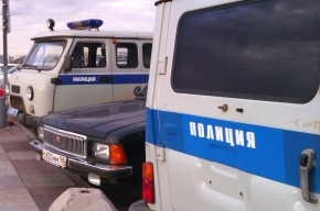 Полицейские задержали милиционера