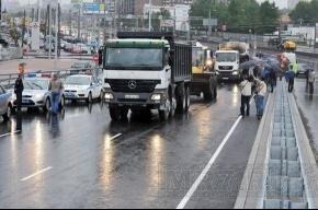 В Петербурге открыли первую часть Коломяжского путепровода