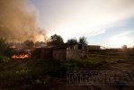 Фоторепортаж: «В поселке Бугры горели старые погреба»
