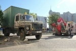 В Приморском районе эвакуировали брошенные машины: Фоторепортаж