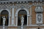 Фоторепортаж: «Здание цирка на Фонтанке «освежили» к началу сезона»