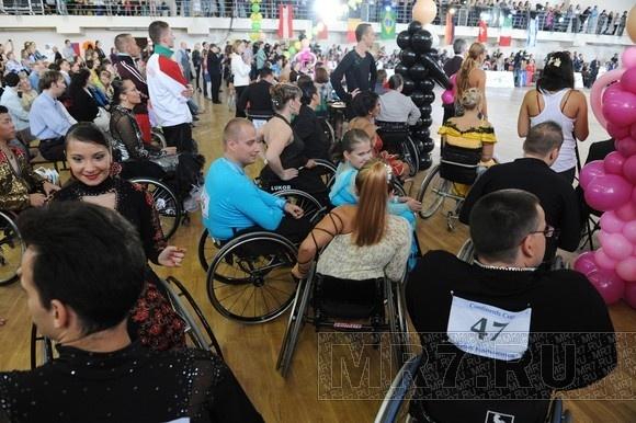 Танцоры на колясках разыграли «Кубок Континентов»: Фото