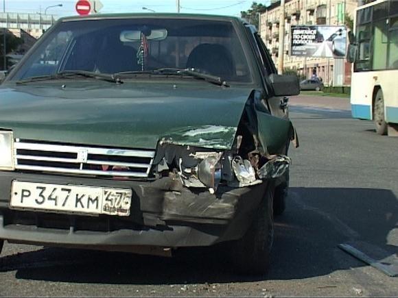 В Красногвардейском районе машина перевернулась при ДТП: Фото