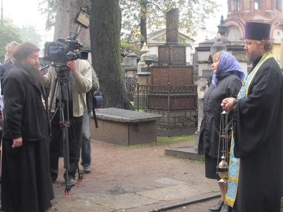 В Александро-Невской лавре прошла панихида по создателям Казанского собора: Фото