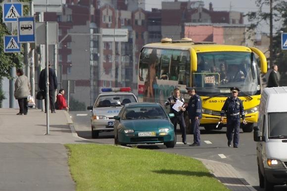 Водители попали в пробки из-за королевы Дании: Фото