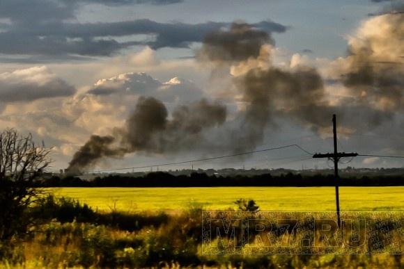 В поселке Бугры горели старые погреба: Фото