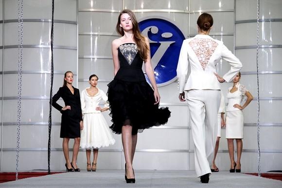 В СКК проходит выставка модных новинок Fashion Industry (фото): Фото