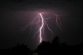 В Петербурге и области ожидаются грозы со штормовым ветром