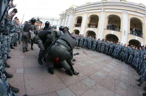 Полиция: на вчерашних акциях в Петербурге задержаны 50 человек