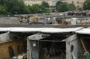 Губернатор Петербурга временно запретил снос гаражей
