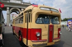 По Петербургу проедут автобусы из музея