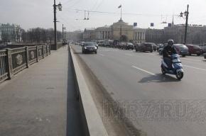 Дворцовый мост может стать пешеходным