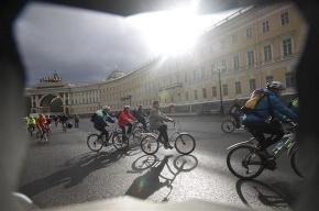 В Петербурге прошел велопарад в День Европы