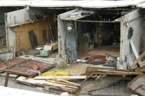 «Гаражные войны»: на Елагинском проспекте хотят снести 1454 гаража