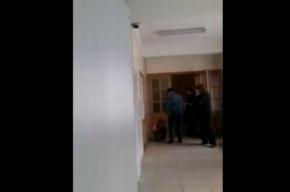 В Петербурге отстранили учителя труда, избившего школьника