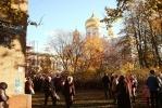 Верующие ночуют на Московском проспекте: Фоторепортаж