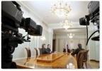 Фоторепортаж: «Интервью Путина государственным телеканалам: самое интересное»