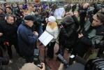 Георгий Полтавченко посадил клены в двух петербургских парках: Фоторепортаж