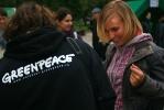 Фоторепортаж: «Обладатели вредных батареек сдали их в «экомобиль»»