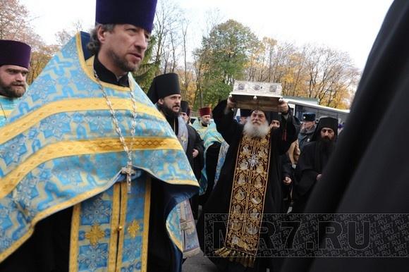 Пояс Богородицы в Новодевичьем монастыре: фоторепортаж: Фото