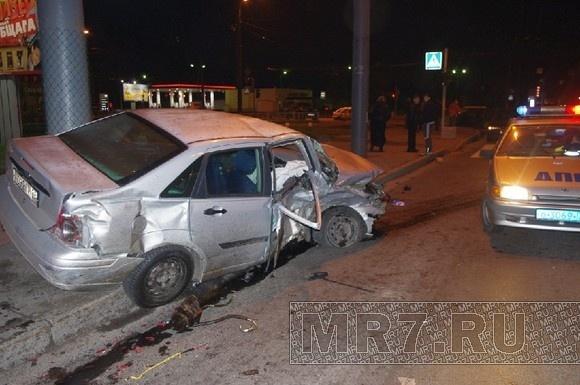 В Красногвардейском районе столкнулись три машины: Фото