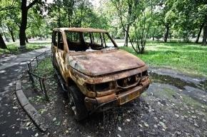 Граффитисты разукрасят брошенные автомобили в Петербурге