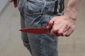 «Бомбила» порезал полицейского в Петербурге