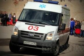 Маршрутка сбила насмерть женщину в Петербурге