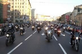 Необычное ДТП на Невском: столкнулись лимузин и Harley-Davidson