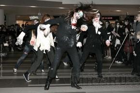 Зомби, вампиры и ведьмы станцевали в «Стокманне» (фото)