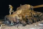 Фоторепортаж: «Со дна Невы подняли танк (фоторепортаж)»
