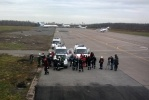 Петербургские спасатели тренируют навыки десантирования с вертолета: Фоторепортаж