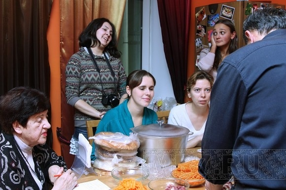 В Петербурге прошел мастер-класс по приготовлению узбекского плова: Фото