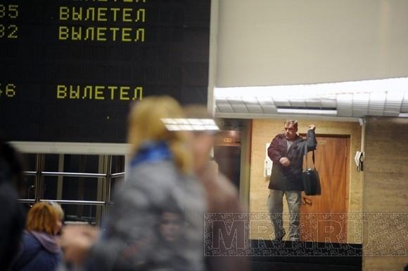 Освобожденный  в Таджикистане эстонский пилот залетел   в Петербург: Фото