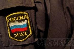 В Петербурге за взятку задержаны двое полицейских