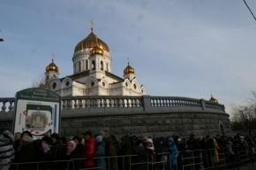 Пояс Богородицы: чего хотят москвичи и чего хотели петербуржцы