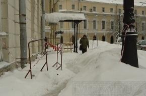 В Петербурге проходят учения по уборке снега