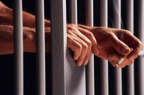 80 заключенных порезали руки, не желая ходить строем