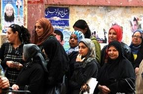 Парламентские выборы в Египте: километровые очереди и синие пальцы (фото)