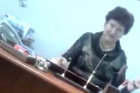 Скандал в Красноярской школе: старшеклассника обвиняют в порче имущества