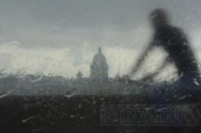 В Петербурге ожидается штормовой ветер, дождь и потепление