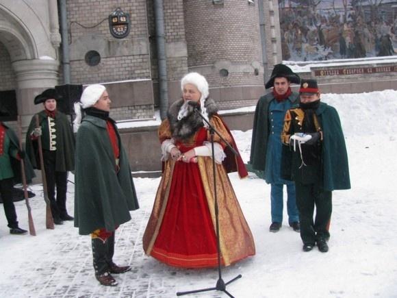 Снежный городок «возьмут» 24 декабря, если будет снег: Фото