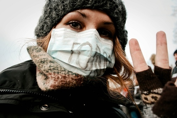 Петербуржцы протестуют: лица и лозунги: Фото