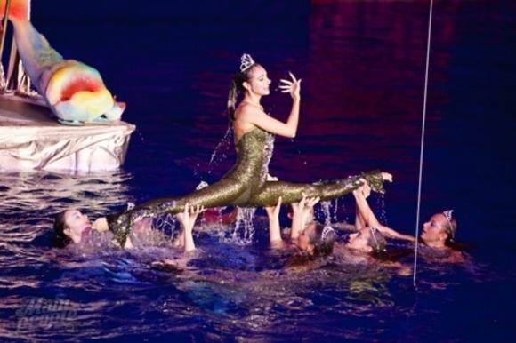 «Русалочка и сокровища пиратов»: петербуржцев ждет фантастическое водное шоу: Фото